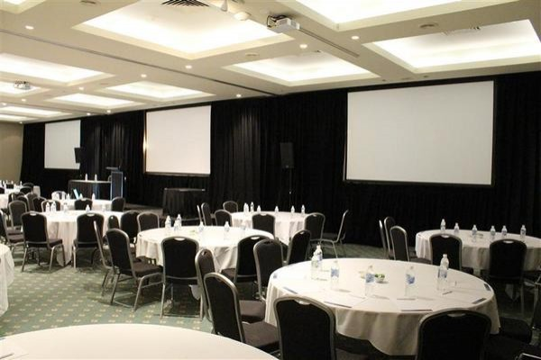 novotel-swan-valley-vines-resort-conference-room.jpg